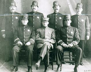 1945 - 1st uniformed dept, 1909comp2.jpg